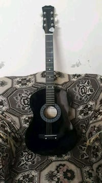 Best brand new acoustic guitar for learners Gujranwala