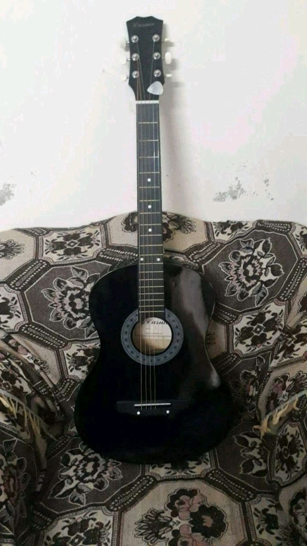 Best brand new acoustic guitar for learners