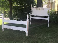 Vintage French country twin or single bed  Toronto, M9B 3C6