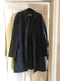 Hugo Boss men's raincoat . Black , XL. Never worn