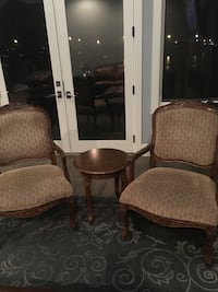 Accent chairs with matching table Chestermere, T1X