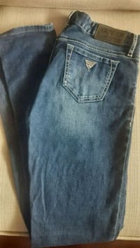 Like new Guess skinny Jeans size 26 Mississauga, L5L 2E9