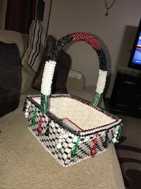 white, green, and red wicker basket Tinley Park, 60487