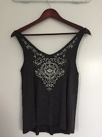 black and gray floral scoop-neck sleeveless top Cramahe, K0K
