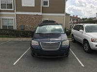 Chrysler - Town and Country - 2008 Cary, 27519
