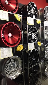 assorted-color vehicle wheel lot Miami, 33183