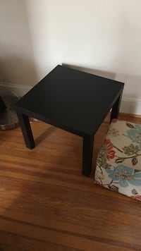 IKEA side or end table Frederick, 21701