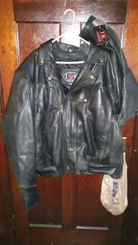 100 % leather bikes coat with glovess... size 3 xxx ...100.00 obo