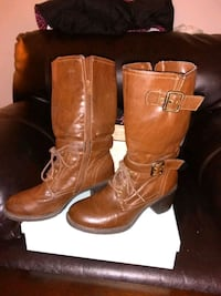pair of brown leather boots Alexandria, 22314
