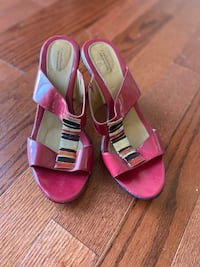 Red Sandal Heel Wedges, size 10 M Oxon Hill, 20745