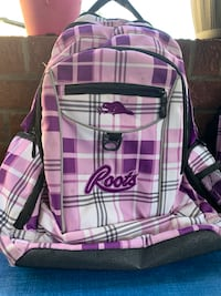 Roots backpack.  Excellent condition Toronto, M6J 1Y8