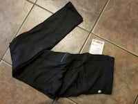 Lululemon tights size 8 Calgary, T3H 0P7