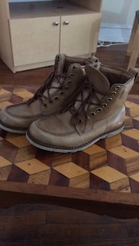 Timberland boots size 7 Albany, 12208