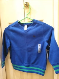 3T old Navy sweater Burnaby, V5G 2L3