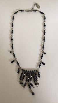 black and white beaded necklace Toronto, M2R 3A8