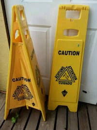 Standing cleaning signs  Coalhurst, T0L 0V0