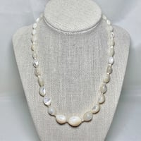 Vintage Mother of Pearl Beaded Necklace Ashburn, 20147