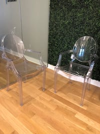 Pair of Ghost Style Dining Chairs New York, 10018