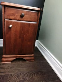 Side table with drawer Toronto, M2J 1Y2