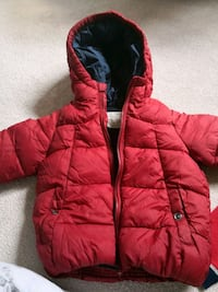 red and black zip-up bubble jacket Surrey, V3R 0G4