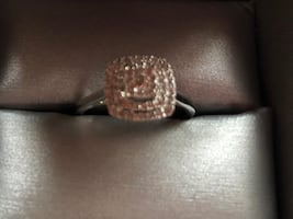 White Gold & Diamond Engagement Ring w/ Band