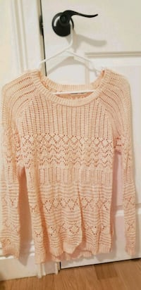 baby pink sweater  Daly City, 94014
