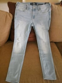 Hollister Low Rise Super Skinny Jeans Goleta