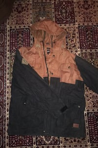New iNi jacket. size large. Greater Vancouver