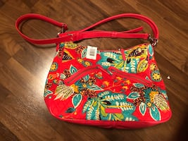 NWT Beautiful Vera Bradley Bag- VIVIAN