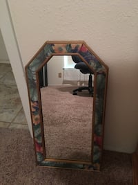 6-edged mirror with wooden floral frame