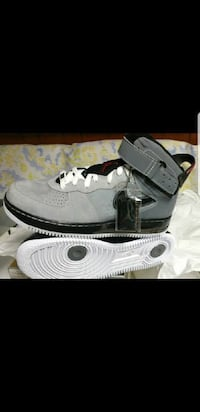 pair of gray-and-white Nike Air force 1 Racine, 53406