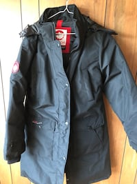 Brand new Ladies XL Canada Goose Winter Coat New Westminster, V3M 0K3
