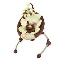 baby's white and green cradle n swing Lachenaie, J6W