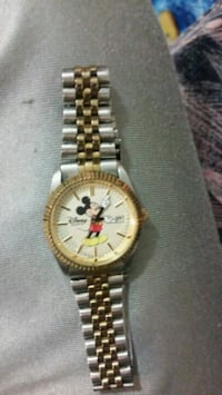 Disney mickey mouse watch  Abbotsford, V2T 3L9