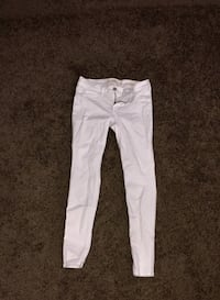 White hollister jeans Riverside, 92503