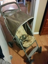baby's gray and black stroller St. Catharines, L2P 3W6