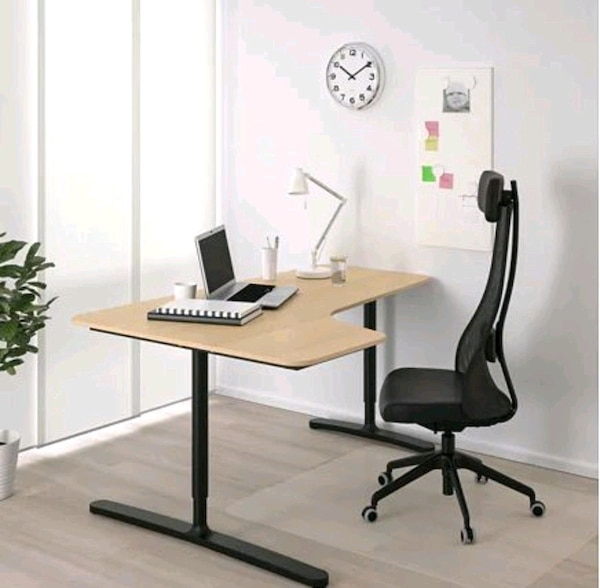 """Ikea office table 63x43 1/4 """" 5c9a1766-3270-4b51-95a0-188b32bf2bf3"""