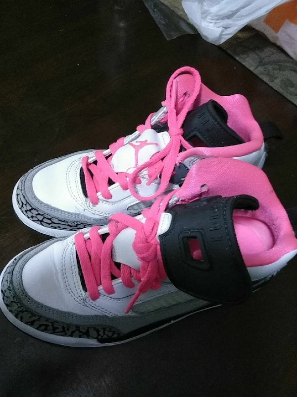 6eb6e60ef65 Used pair of white-black-and-pink Air Jordan basketball shoes for sale in  Lawrenceville - letgo
