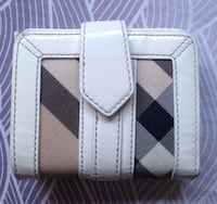 Authentic Burberry Nova Check Leather Small Wallet Purse.