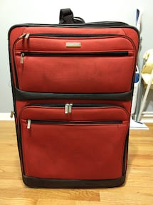 """Kenneth Cole Reaction 29"""" Soft Lightweight Red Suitcase"""