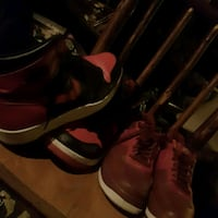 pair of red-and-black basketball shoes Hamilton, L8J