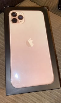 Gold IPhone 11 Pro Max New Orleans, 70129
