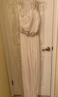 Wedding dress or very formal evening dress Columbia