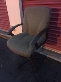 Nice office chair Wilmington, 28405