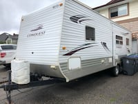 2009 29ft Gulf Stream conquest travel trailer with large slide out Surrey, V3S 4Y4