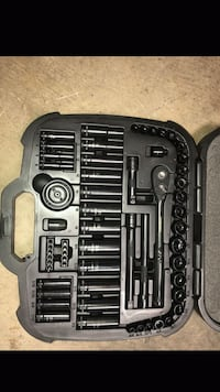 Husky 60 piece universal mechanics tool set