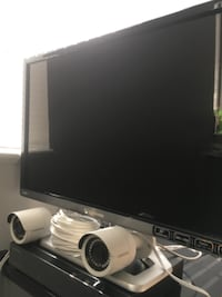 4 HD Samsung security cameras with Nvr and Hd monitor WASHINGTON