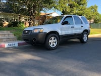 Ford - Escape - 2005 Los Angeles, 91401