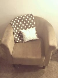 Comfy Suade Accent Chair Fort Collins, 80526
