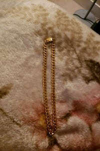 gold chain link necklace with cross pendant Pitt Meadows, V3Y 2P1